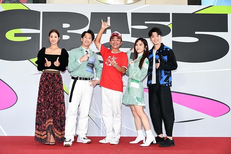 三立舉辦電視金鐘入圍分享會,(左起)莫允雯、陳漢典、吳宗憲、Lulu、侯彥西。
