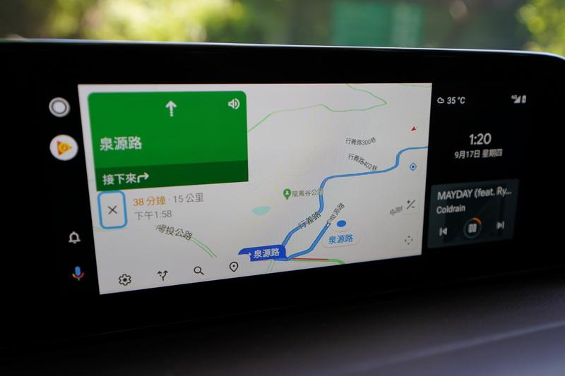 中央資訊顯示幕支援時下流行的Android Auto與Apple Carplay功能