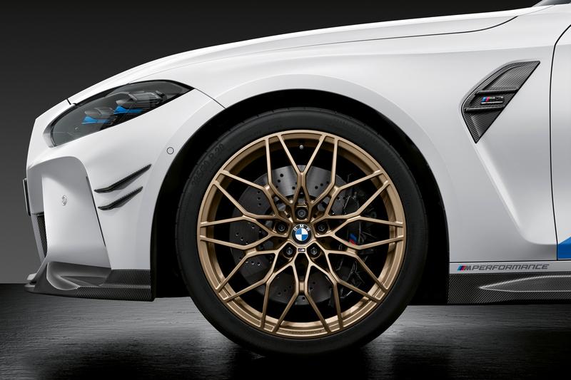 輪圈提供19~21吋鍛造輪圈供選擇。