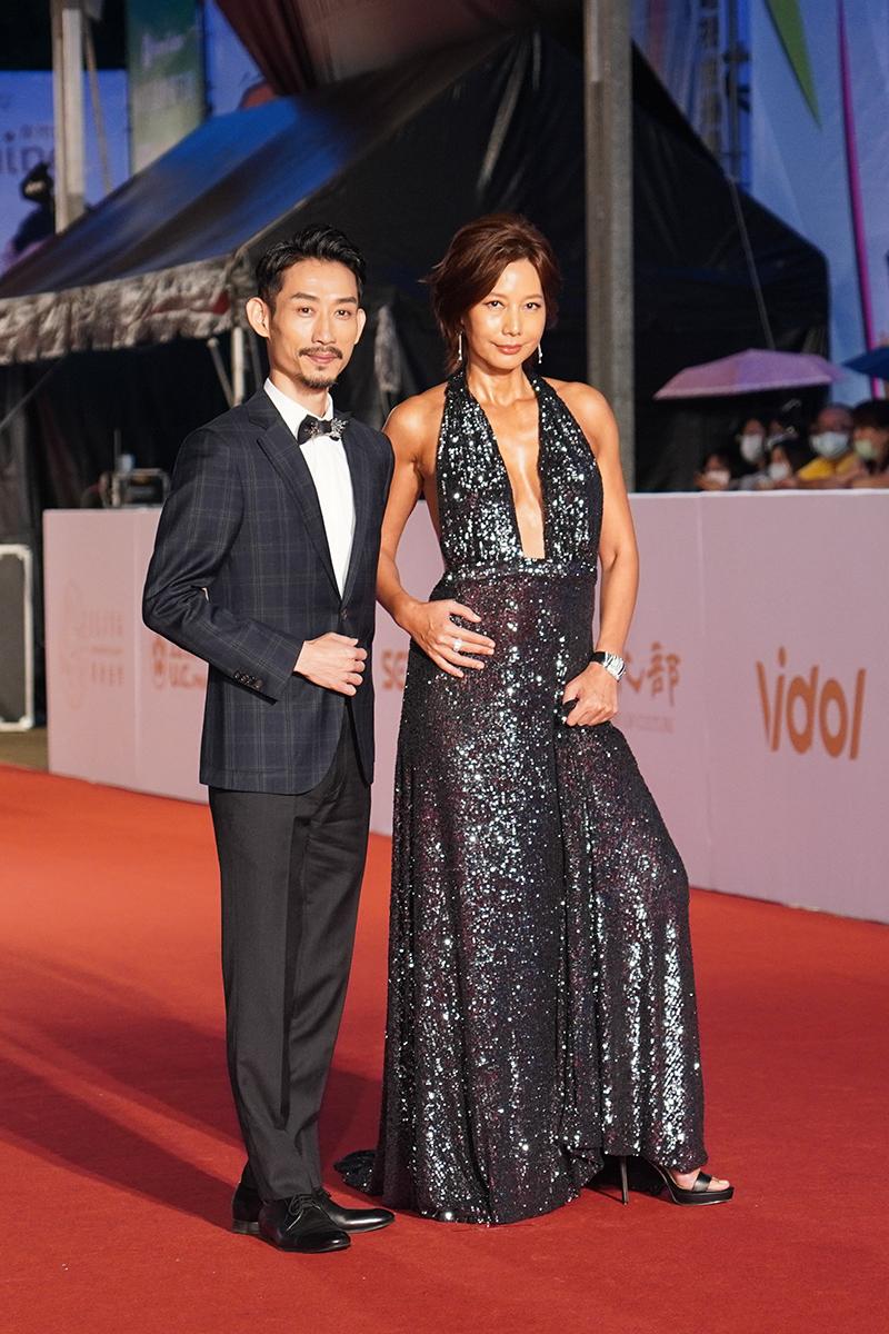 第55屆電視金鐘獎星光大道紅毯(左起)陳竹昇、丁寧。