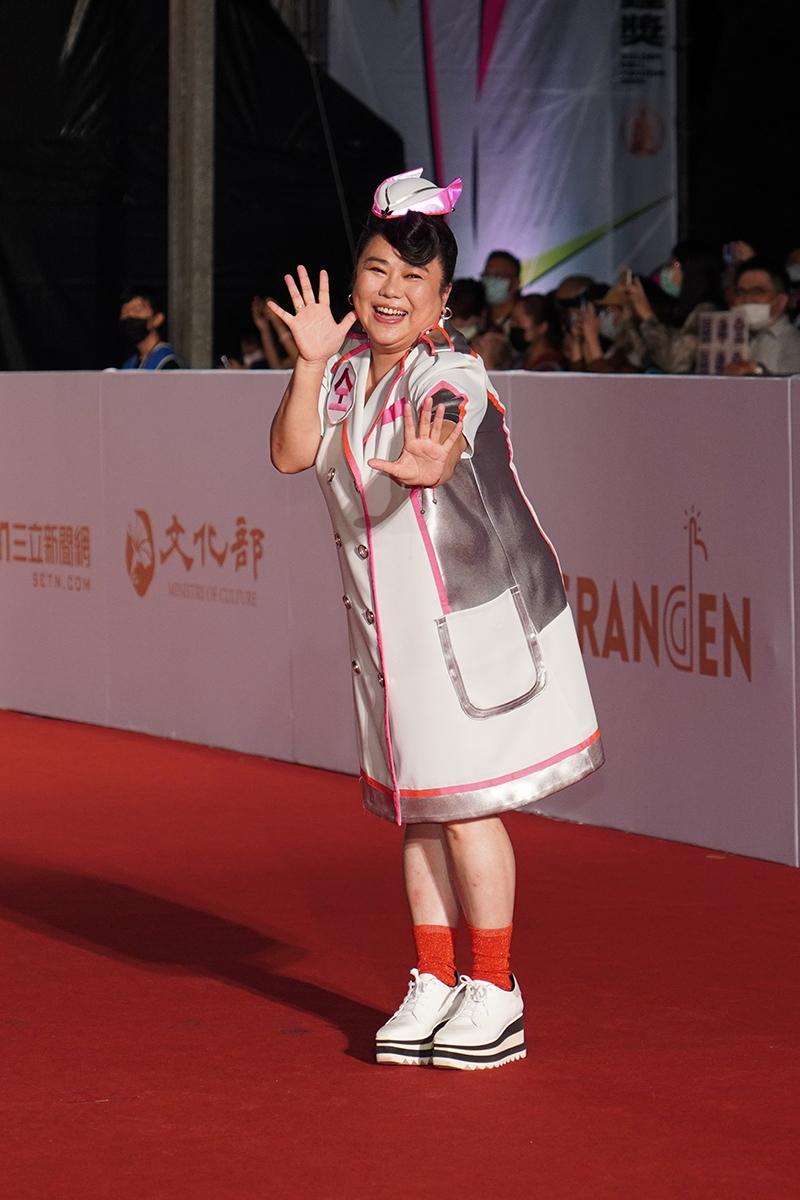 第55屆電視金鐘獎星光大道紅毯-林美秀。