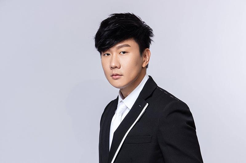 第31屆金曲獎頒獎典禮邀請了金曲歌王林俊傑參與演出。