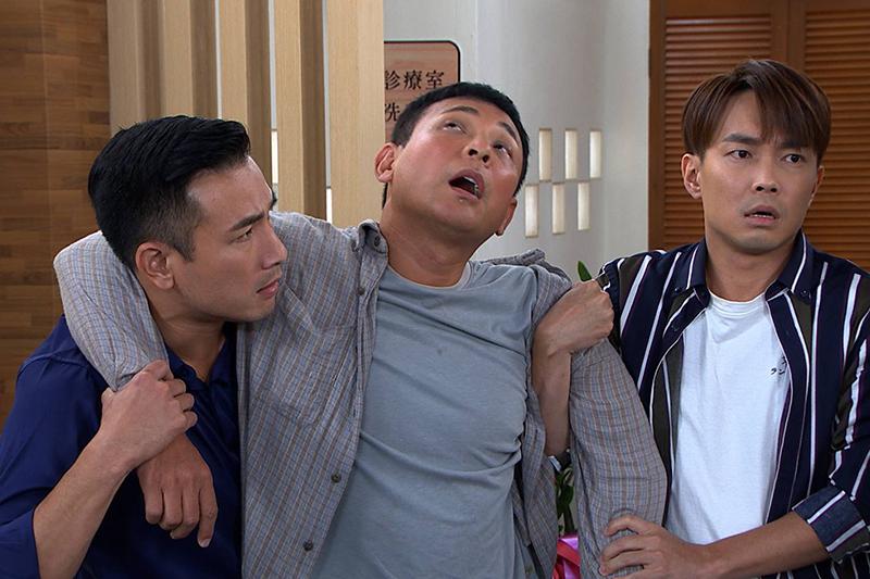 胡鴻達加入民視《多情城市》,詼諧角色讓他直呼終於擺脫反派了。左為傅子純、右為許仁杰。