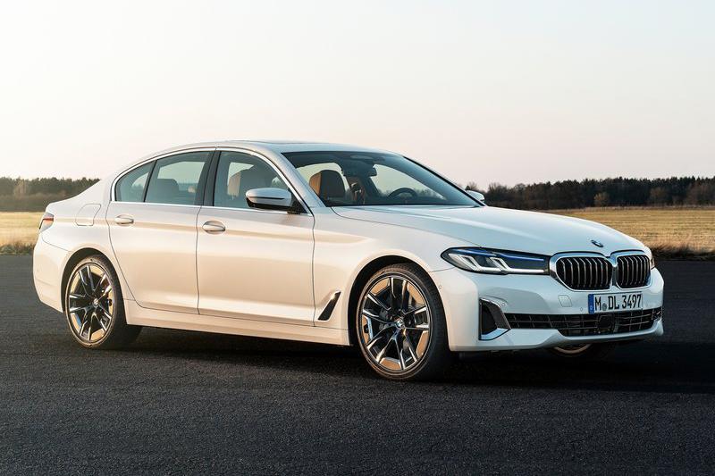 如果走進BMW展示中心,你最多只能買到5 Series而且不是照片中這台,因為540i報價已直逼400萬元大關。