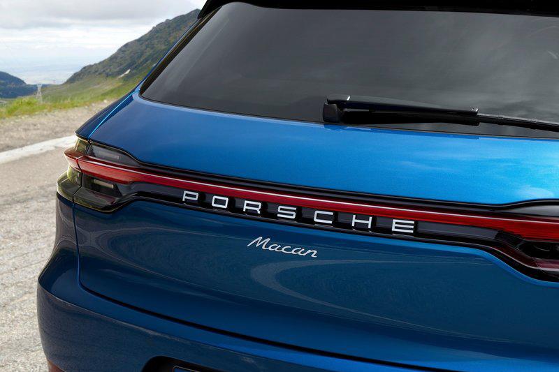 300萬元買Porsche?千萬記得只能買這種Macan後面沒有其他字的。