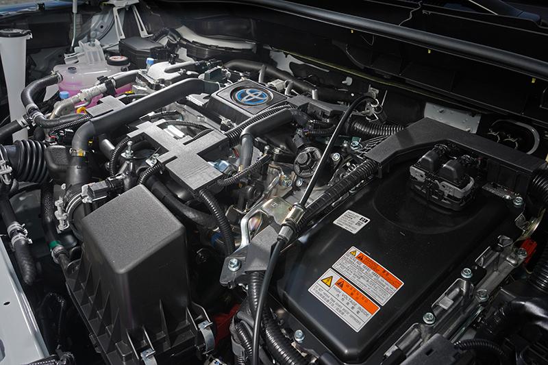 動力輸出比照Corolla Altis配置1.8升自然進氣與1.8升Hybrid兩種規格