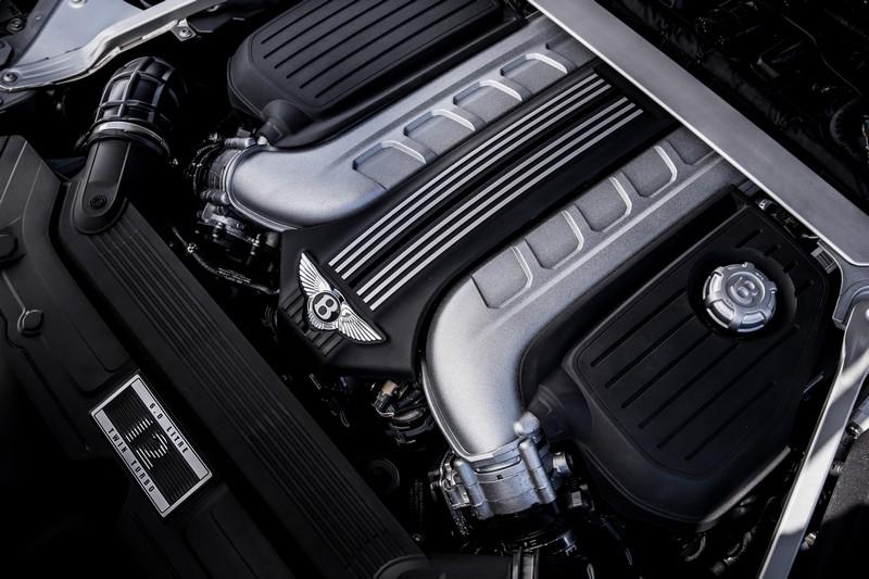Continental GT搭載6.0升W12渦輪引擎,擁有635hp/91.8kgm動力。
