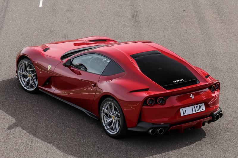 Ferrari宣布於市場召回2018~2020年生產的812 Superfast,原因是今年5月發生兩起後窗脫落事件。