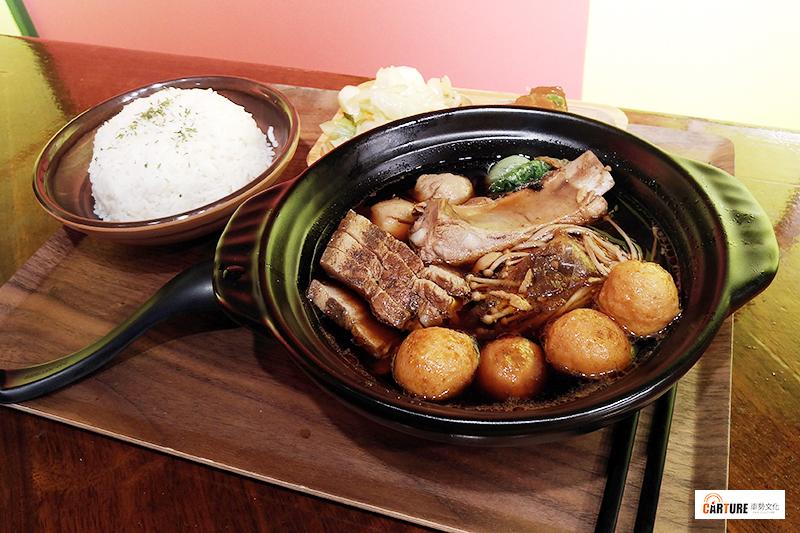 【車勢星聞】艾成餐飲品牌《艾叻沙》慶城店開幕,獨家販售馬來西亞肉骨茶。