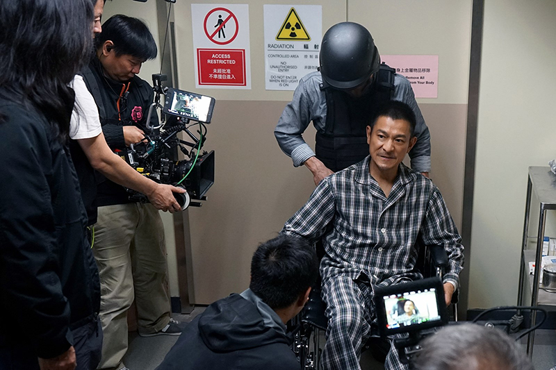 【車勢星聞】劉德華監製及主演的電影《拆彈專家2》劇照。/華映娛樂提供
