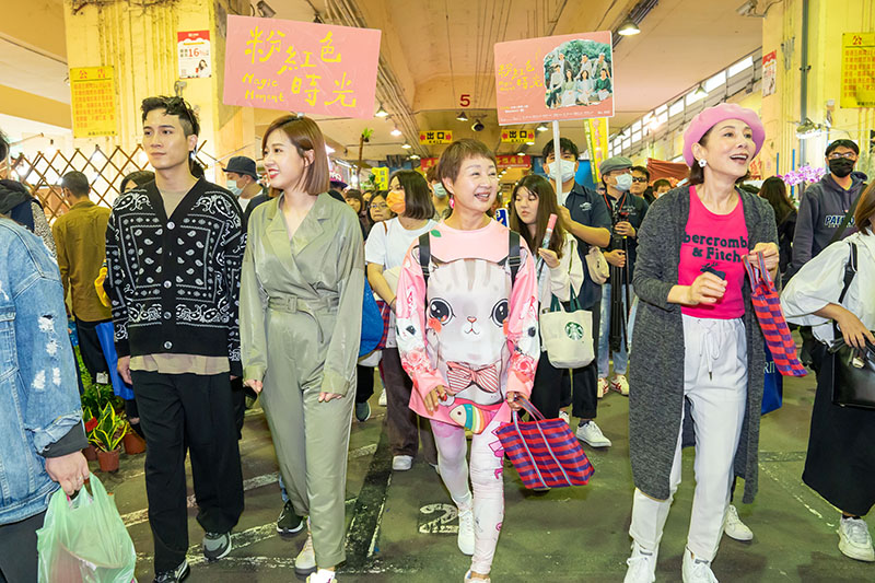 【車勢星聞】《粉紅色時光》演員陳彥允(左起)、方志友、鮑正芳、林秀君宣傳新劇。/Tvbs提供