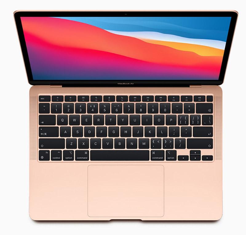 配備 M1 的 MacBook Air 絕對稱得上是效能強大,並且纖薄輕巧好攜帶。