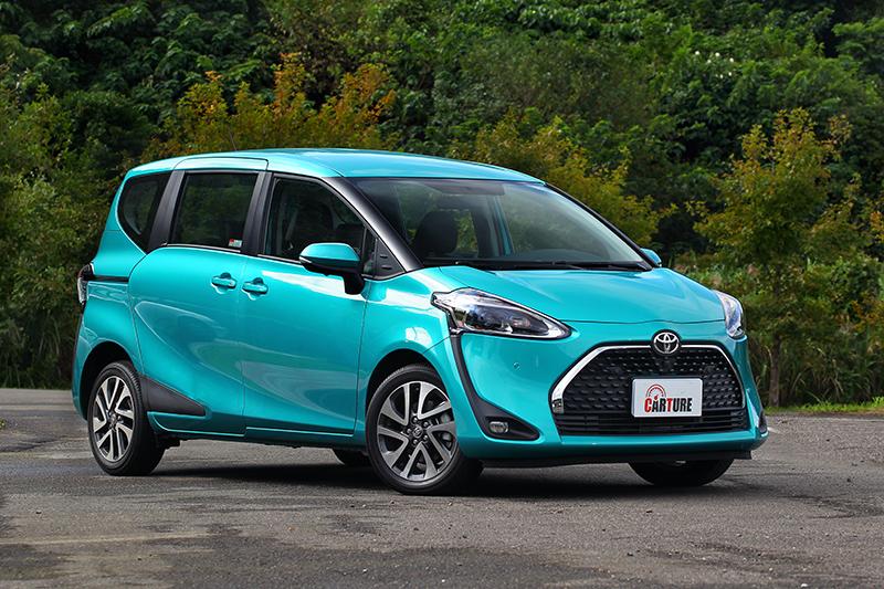 Sienta雖然車長在四車中最短,但受惠短車頭的設計卻擁有最長的軸距表現