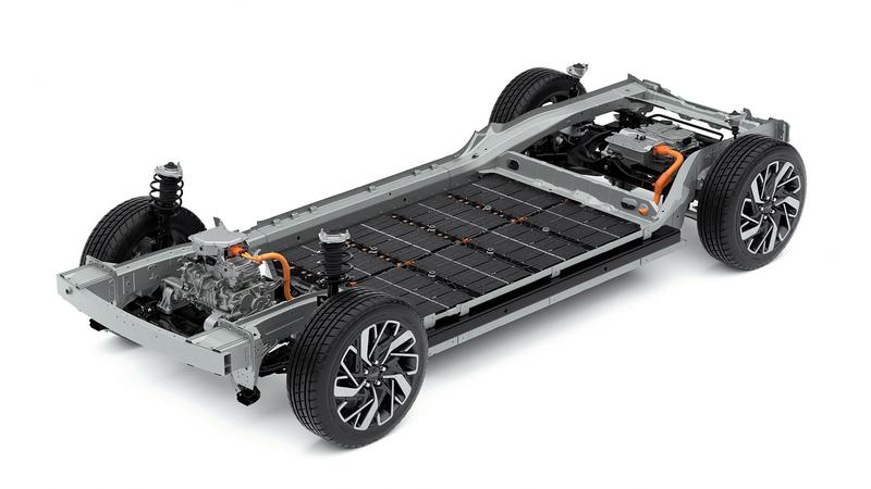 E-GM具有超過500公里續航里程及800V快充。