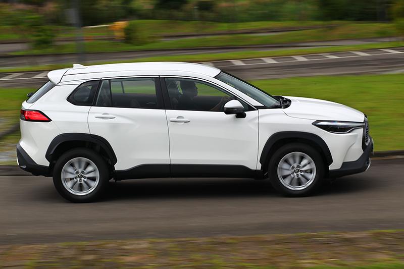Corolla Cross則是第二愛,周全的ADAS系統和Hybrid油電及不輸SUV的空間感是選擇原因。
