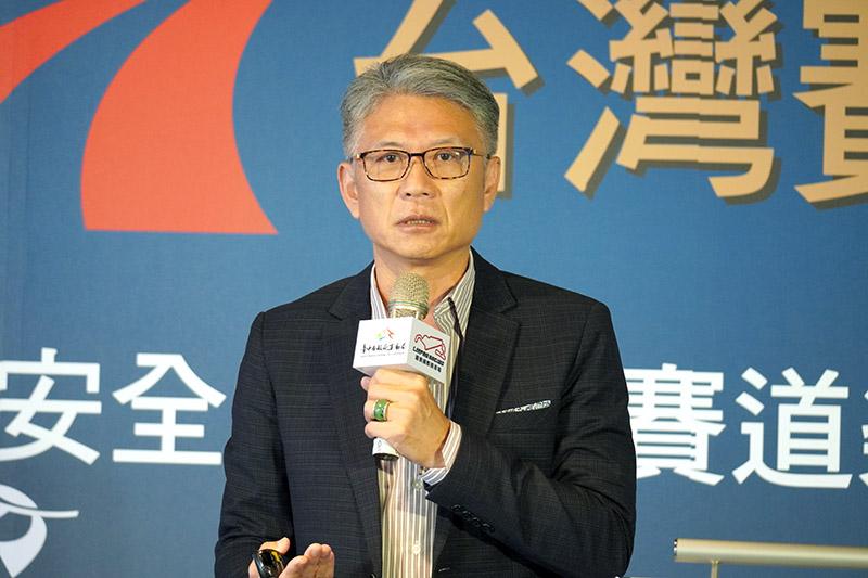 中華奧林匹克委員會顧問孫立群,以奧會角度分享運動產業的生成與生態。