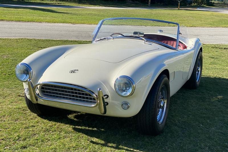 AC Cobra之前已有推出Series 1 Electric電動車與2.3升和6.2升V8等車型。