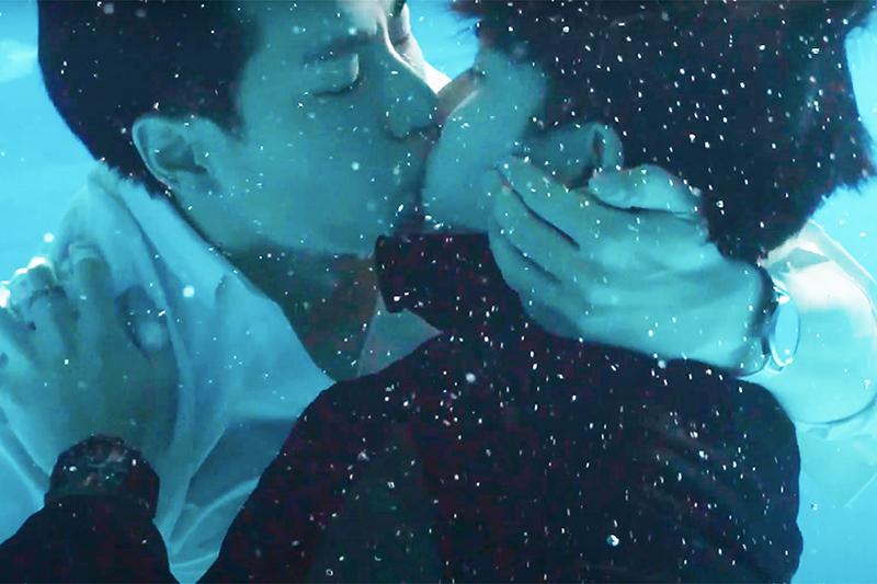 【車勢星聞】WBL系列影集《永遠的第一名》林子閎(左)曾是游泳隊,水底拍攝難不倒他,右為楊宇騰。(圖:WeTV、結果娛樂提供)