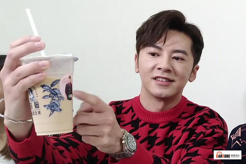 【車勢星聞】李國毅自掏腰包為全劇組工作人員訂做「財神外套」。