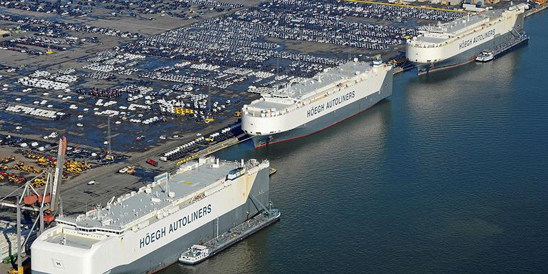 目前Höegh Autoliners航運公司所屬的六艘地平線級是瘸球最大的PCC汽車船,一字排開幾個陸戰師也能一次裝得下!