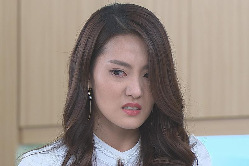 【車勢星聞】《多情城市》中飾演假冒公主的顏曉筠被拆穿。(圖:民視提供)