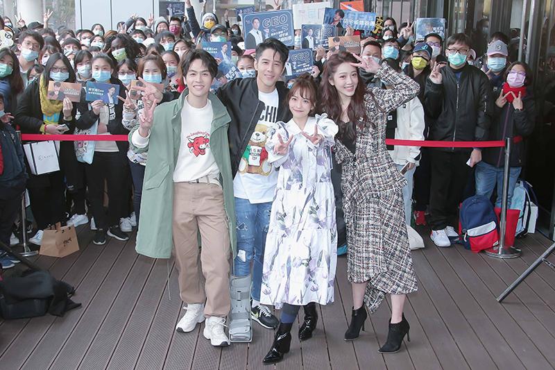 【車勢星聞】《王牌辯護人》林孫煜豪(左起)、胡宇威、葉星辰、黃薇渟出席粉絲見面會。(圖:東森戲劇提供)