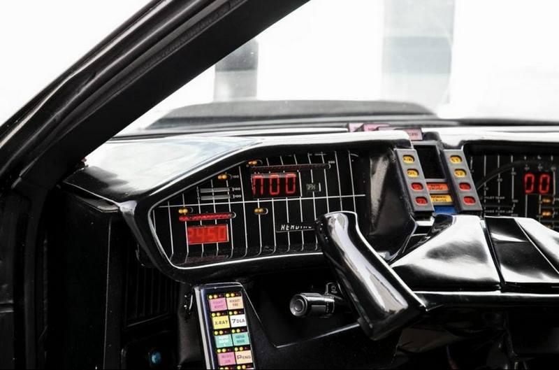 目前霹靂車已刊登在LiveAuctioneers拍賣網站。