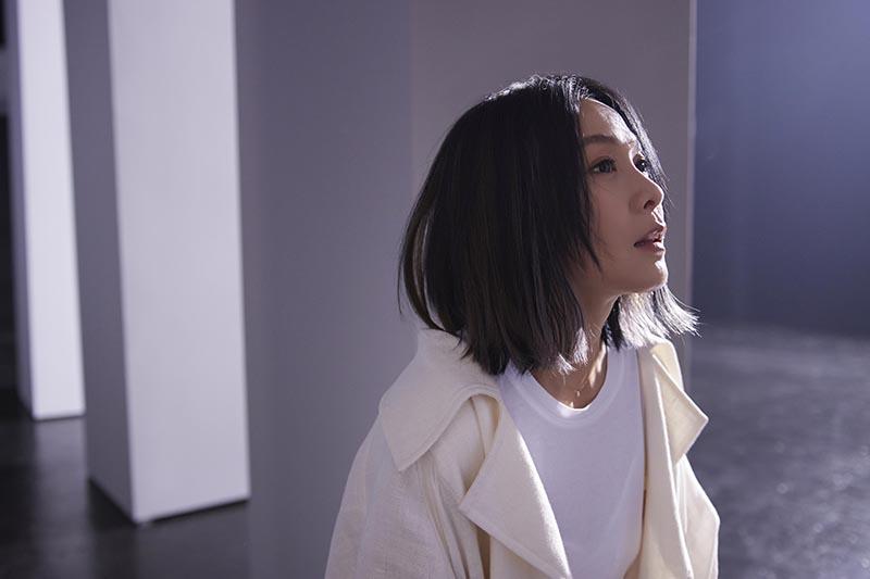 【車勢星聞】劉若英2021全新單曲〈黃金年代〉拋出最深長的省思。(圖:相信音樂提供)