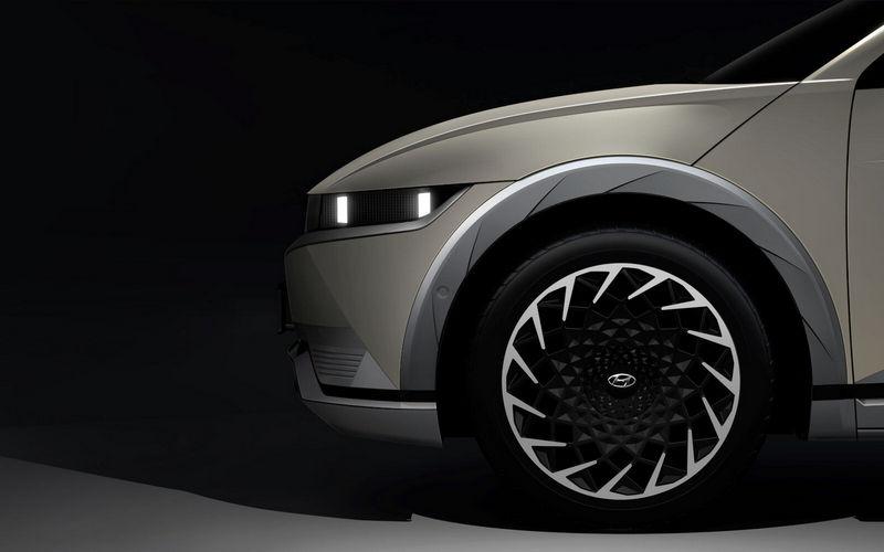 Hyundai在CES展釋出Ioniq 5廠圖。