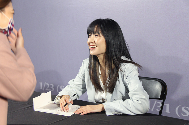 【車勢星聞】孫盛希舉辦簽唱、簽票會。(圖:滾石唱片提供)