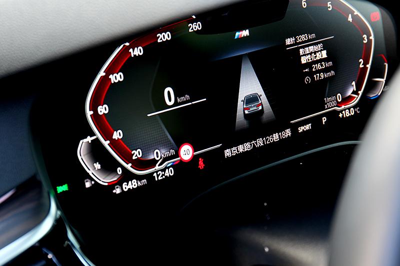 全車系標配雙12.3吋數位儀表/中控螢幕。