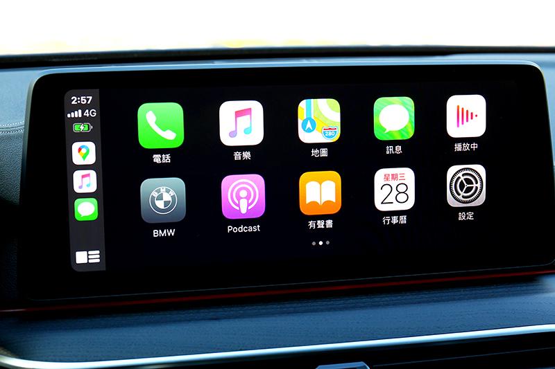 配備無線Android Auto/Apple CarPlay與iPhone手機數位鑰匙。