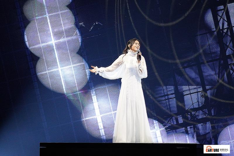 【車勢星聞】蔡健雅《給世界最悠長的吻》2021巡迴演唱會台北小巨蛋開唱。