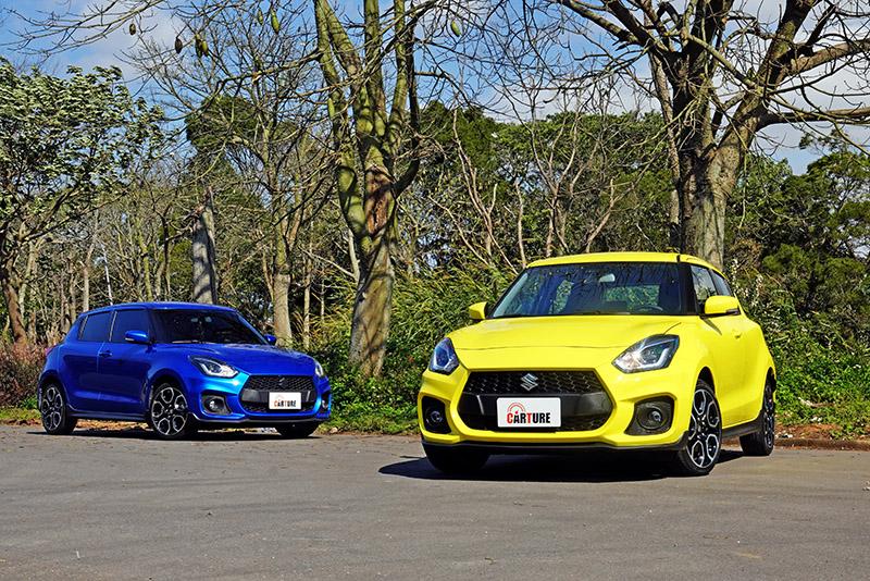 小改前後的Swift Sport〈藍車為小改款前車型〉,自車頭看去完全看不出差異。