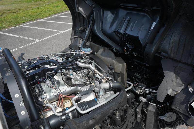 這具柴油引擎與Hilux、Hiace、Granvia為同一具,但為了因應商用需求將馬力下調至144匹