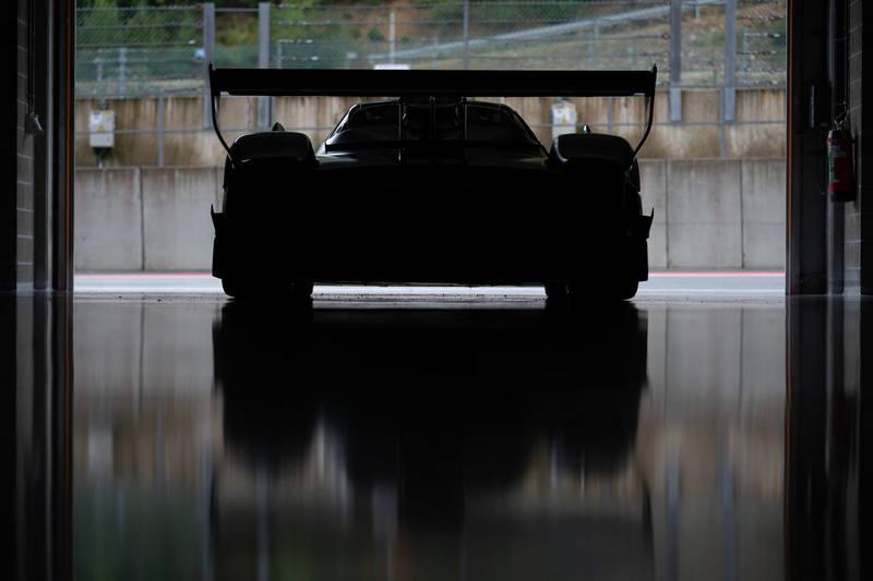 Pagani將於3/18發表搭載6.0升V12自然進氣引擎,擁有900匹馬力的Huayra R。
