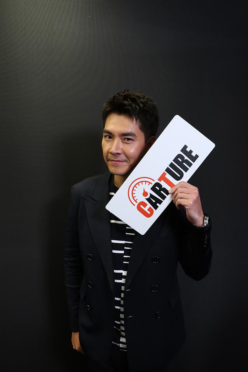 【車勢星聞】王傳一親錄影片邀大家支持新戲《三隻小豬的逆襲》。