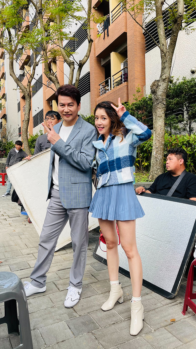【車勢星聞】郭亞棠表示特別感謝鳳凰藝能經紀公司及民視電視台,在第一時間的關心以及協助,身為獨生女的她還是感受到像家人般的溫暖。(圖:民視提供)