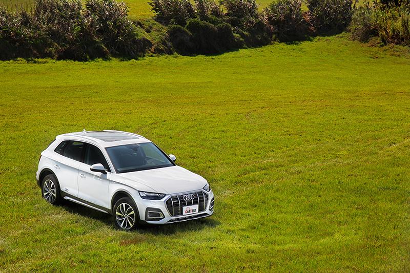 此次Audi Q5雖僅是小改車型,但於外觀、內裝配備甚至動力都有進化。