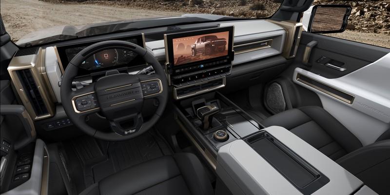 座艙與動力預計會與GMC Hummer EV相同。
