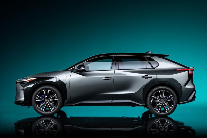 bZ4X雖為概念車身分,但整體其實已相當接近量產設計。