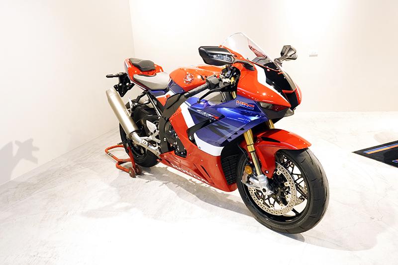 CBR1000RR-R SP。