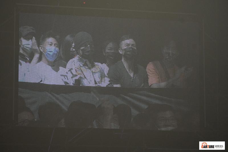 【車勢星聞】周杰倫出席觀賞《玖壹壹 LOCAL 不確定會不會巡迴演唱會》。