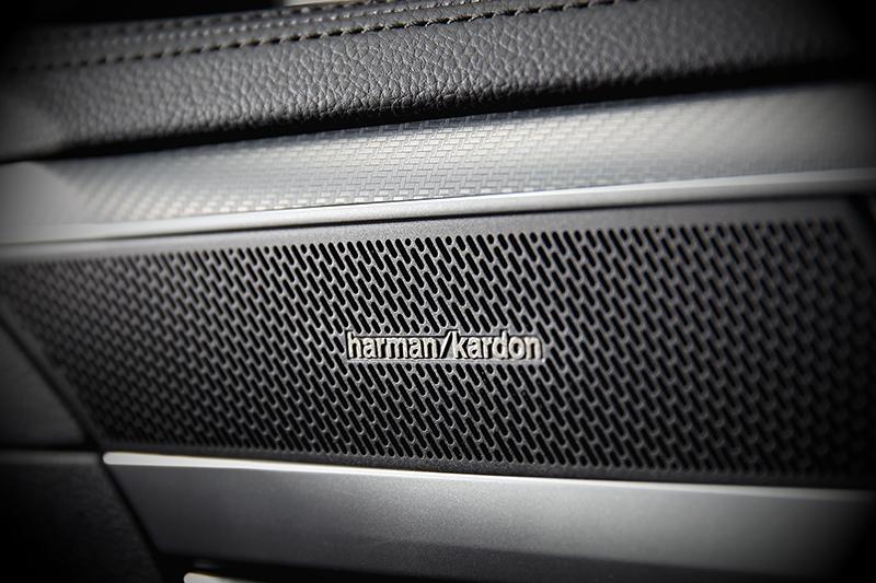Arteon Shooting Brake 380 TSI R-Line Performance配備Harman Kardon音響。