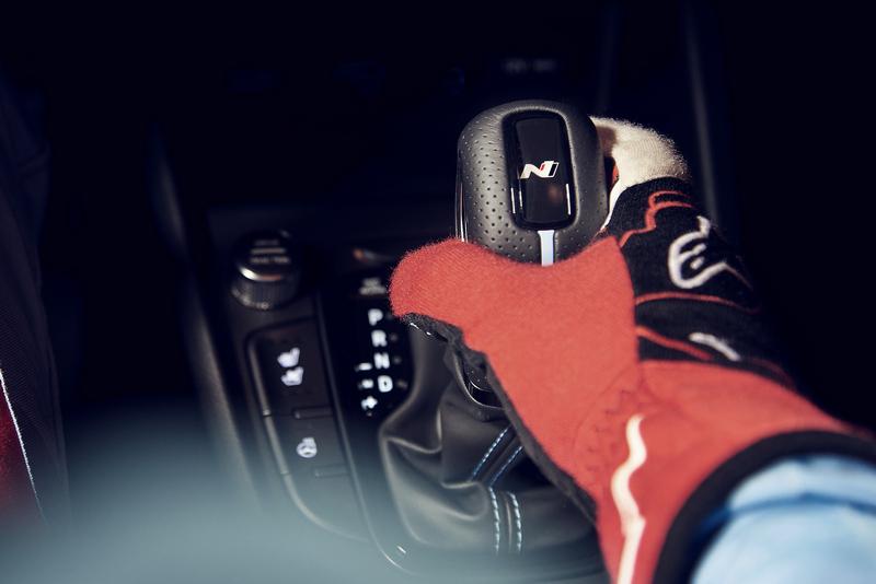 所搭載的八速N DCT自手排有NGS超增壓模式,能享受20秒最大馬力提升至290hp快感。
