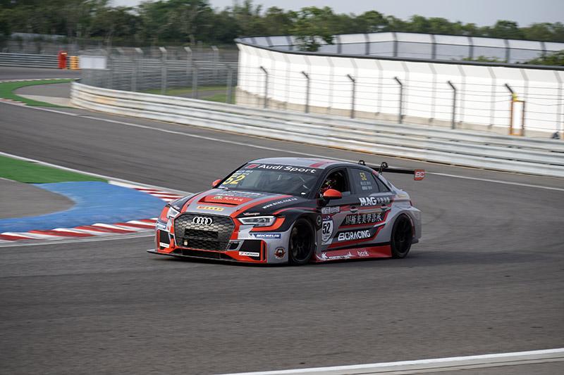 超級房車賽TCR組別賽車。