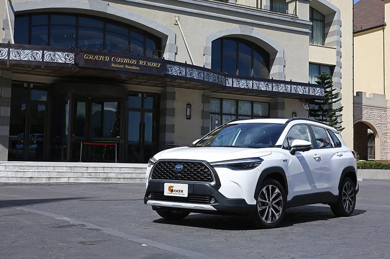 Toyota Corolla Cross獲得眾多網友投票支持,獲選為【2021最佳人氣車款】。