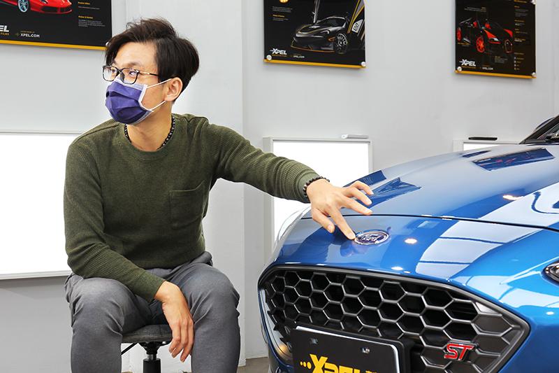 實際觸摸保護膜邊緣,依 Focus ST 車主 Vic 實測還是感覺厚上一截。