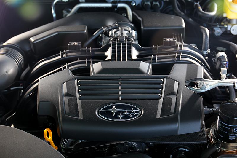搭載2.5升自然進氣引擎,動力只有169hp/25.7kgm。