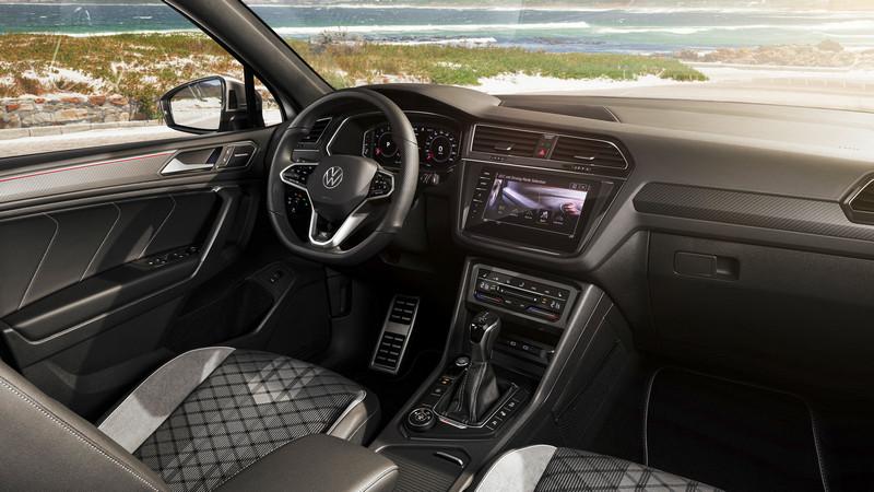 虛擬座艙、MIB 3中控系統與Apple CarPlay /Android Auto都沒缺席。